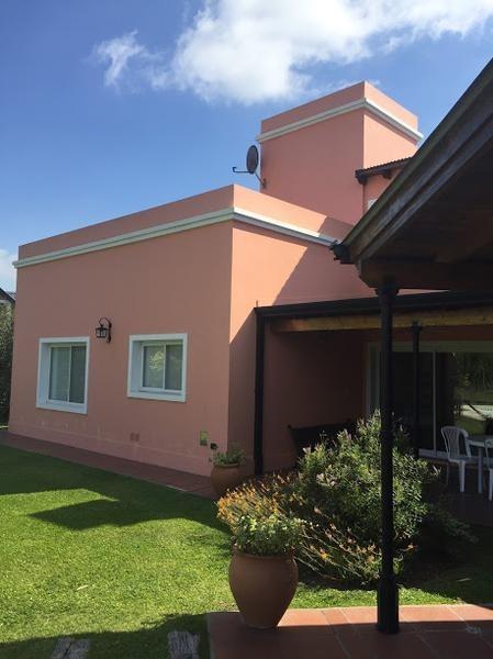 vendo casa gran lote brandsen barrio cerrado