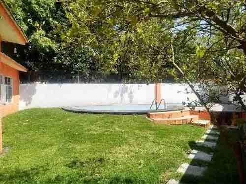 vendo casa grande 6 recamaras, alberca y jardin cuautla morelos