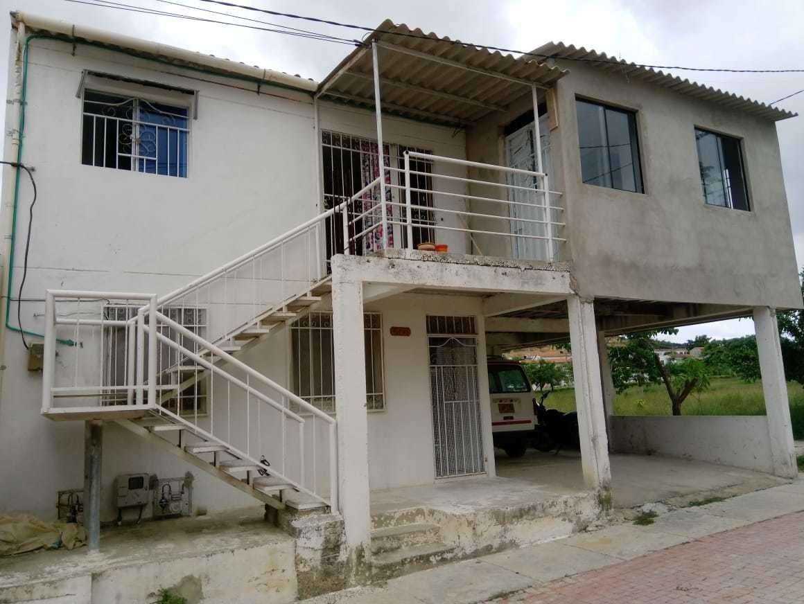 vendo casa grande genera ingresos mensuales bonanza