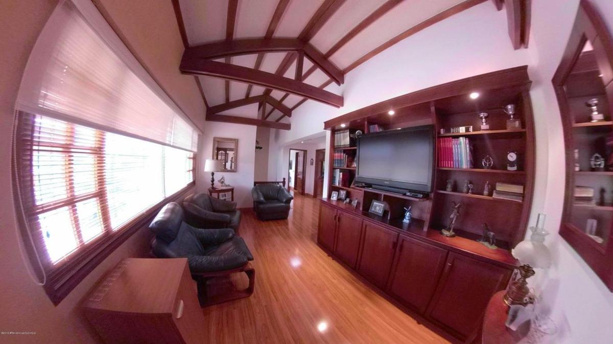 vendo casa guaymaral(bogota) rcj mls 19-988