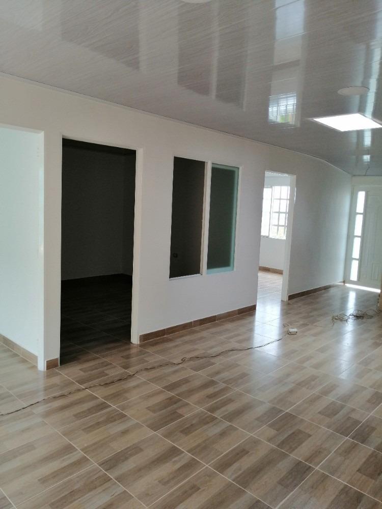vendo casa  moderna de un piso con una  gran vista