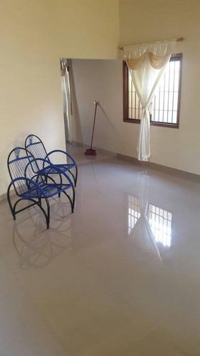 vendo casa moderna en ñemby  bº caaguazu (cod j4.092)