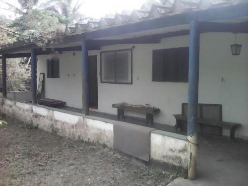 vendo casa na chácara na praia,medindo 2000m²,em itanhaém-sp