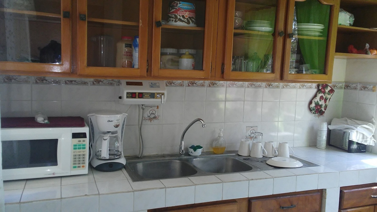 vendo casa p/ negocio o vivienda zona centro de santa ana