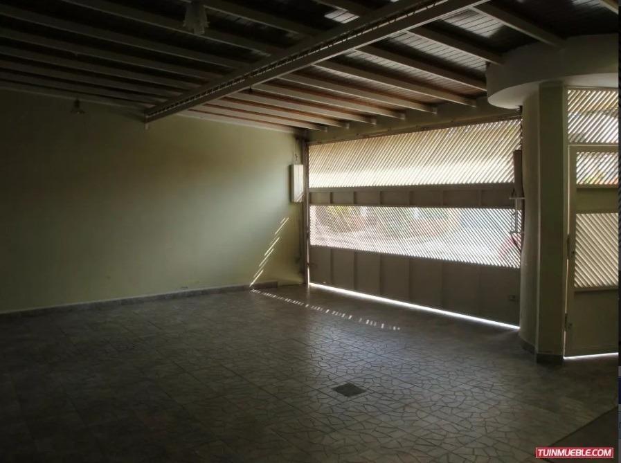 vendo casa quinta en corinsa. barrueta j. 04128849675