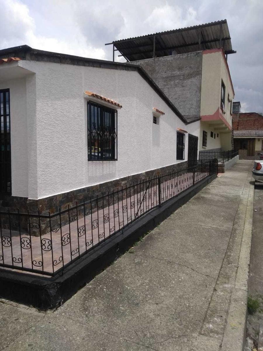 vendo casa remodelada barrio zuldemaida