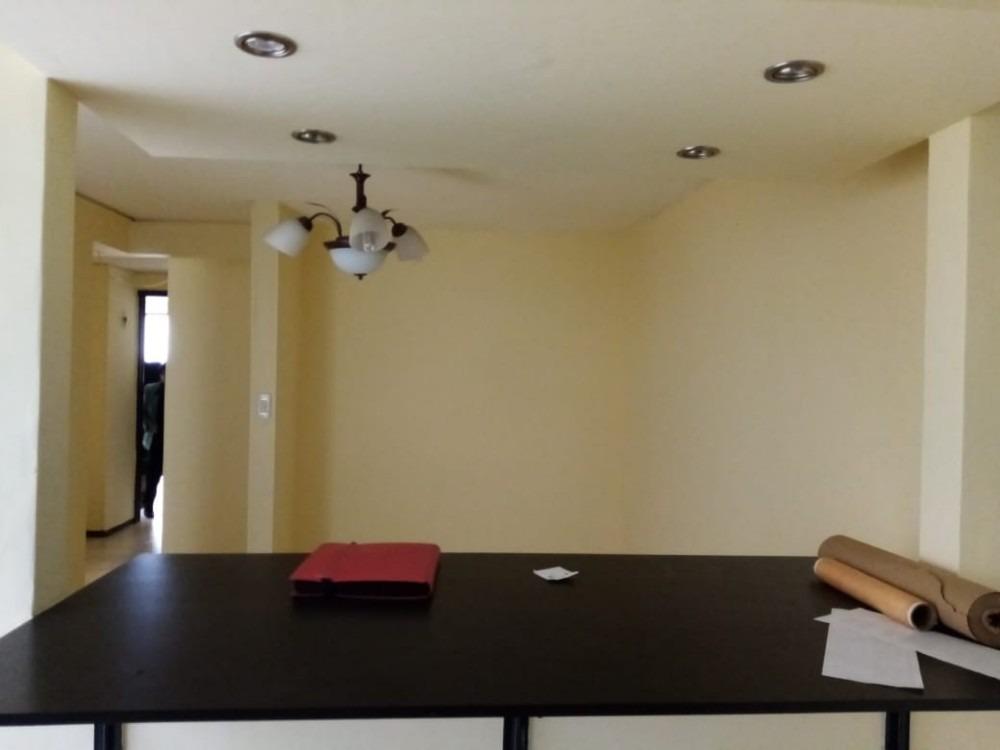 vendo casa rentable barrio olarte, 4 pisos precio negociable