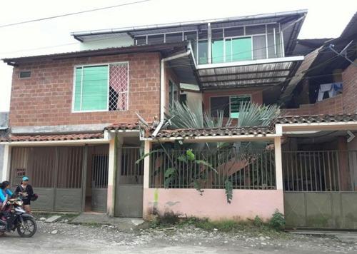 vendo casa rentera en lago agrio (4dpts)