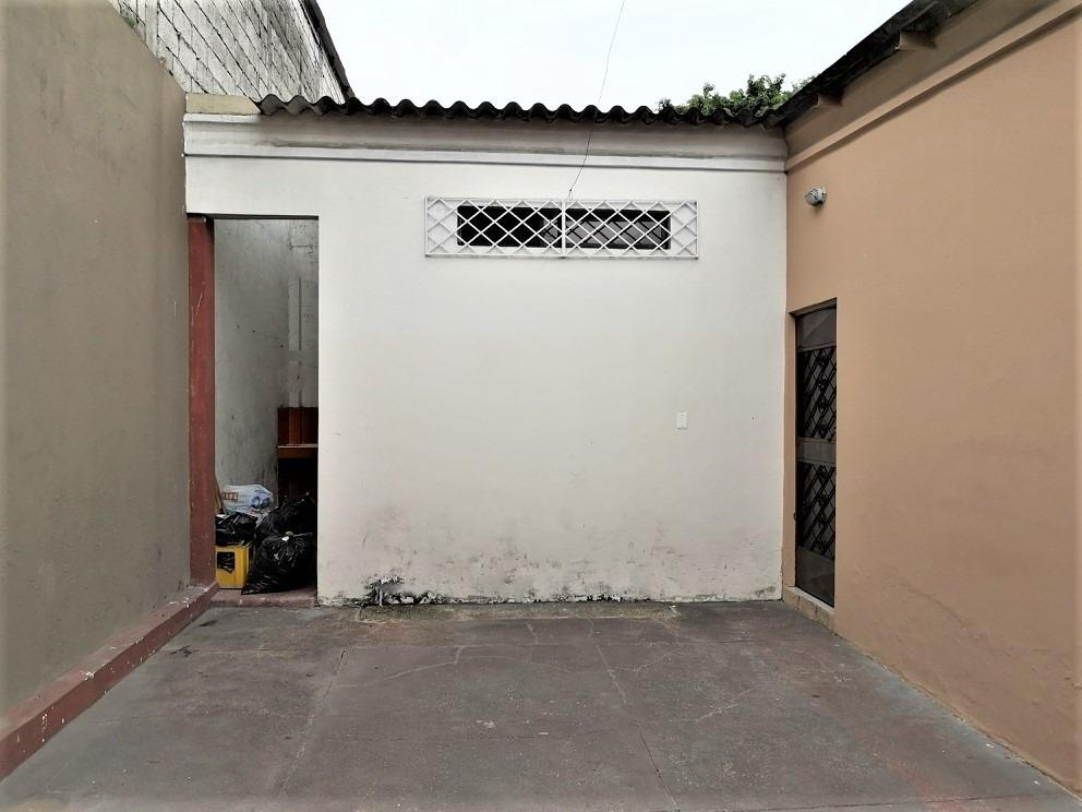 vendo casa  rentera  en urb guayacanes, guayaquil