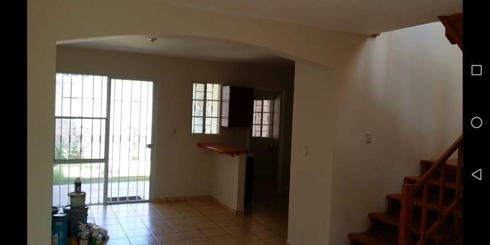 vendo casa residencial jacarandas, privado