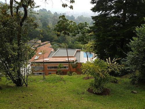 vendo casa sector exclusivo del poblado
