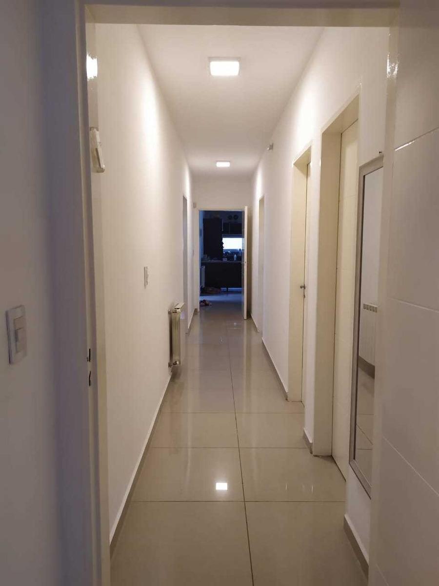 vendo casa valle escondido 4 dormitorios en 1 planta