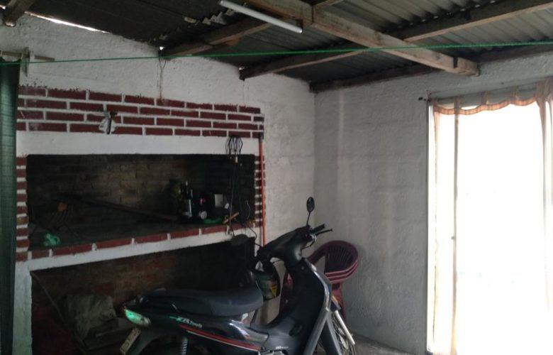 vendo casa y cabaña en flor de maroñas u$s 96.000