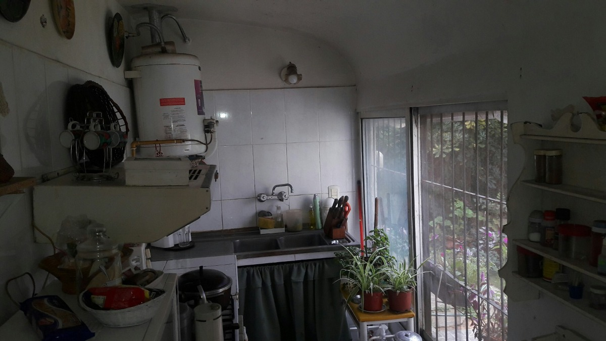 vendo casa y departamento con excelente ubicación