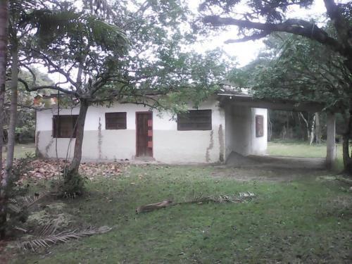 vendo chácara c/ 2 dormitórios em itanhaém-sp, litoral sul!!