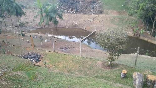 vendo chácara com piscina pedro de toledo litoral sul de sp