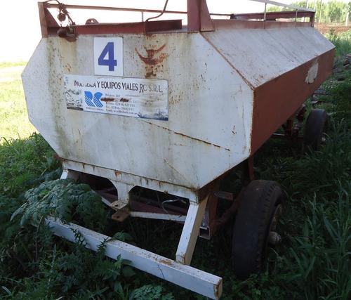vendo chango o tanque de gasoil ferrario de 3.000 litros.