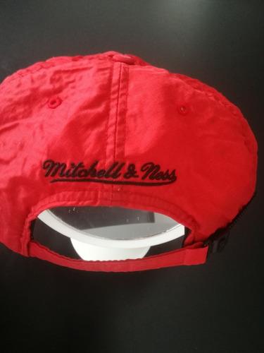Vendo Chaqueta adidas Originals Y Gorra De Los Chicago Bulls ... 7de6266e8fb