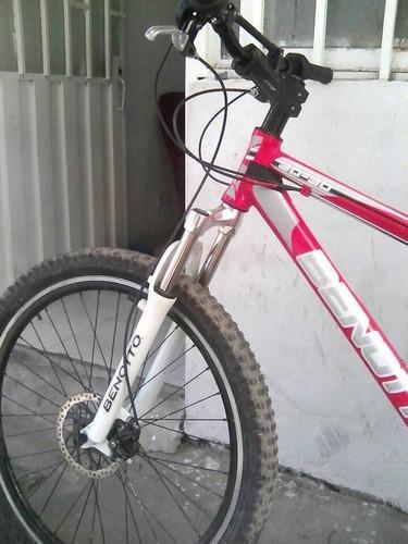 vendo cicla benotto marco 30-30 rin 26 con suspension 27.5