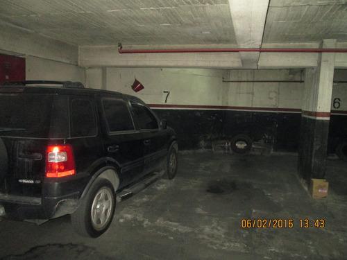 vendo cochera para 2 autos , bajas expensas , exc. edificio