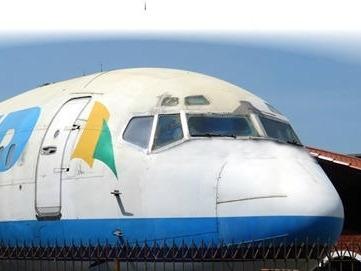 vendo cok-pit de aeronave boeing 737 em fibra de vidro