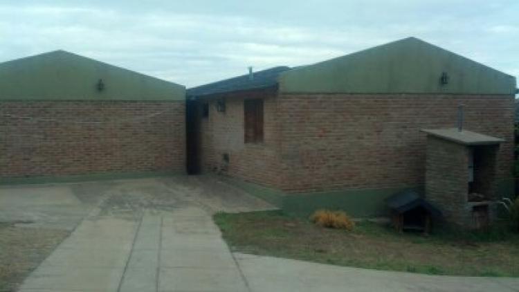 vendo complejo de 4 cabañas en villa carlos paz