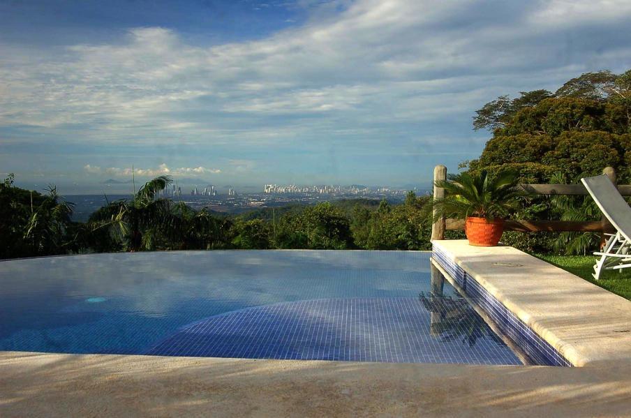 vendo complejo exclusivo en villa florencia, cerro azul