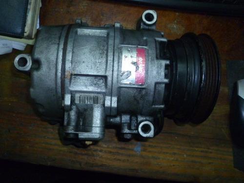 vendo compresor  de aire de bmw 525i, # 447220- 9026