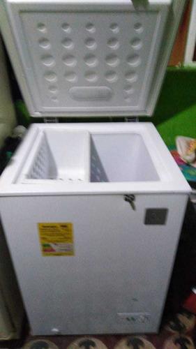 vendo congelador horizontal de 100 litros esta en perfecto e