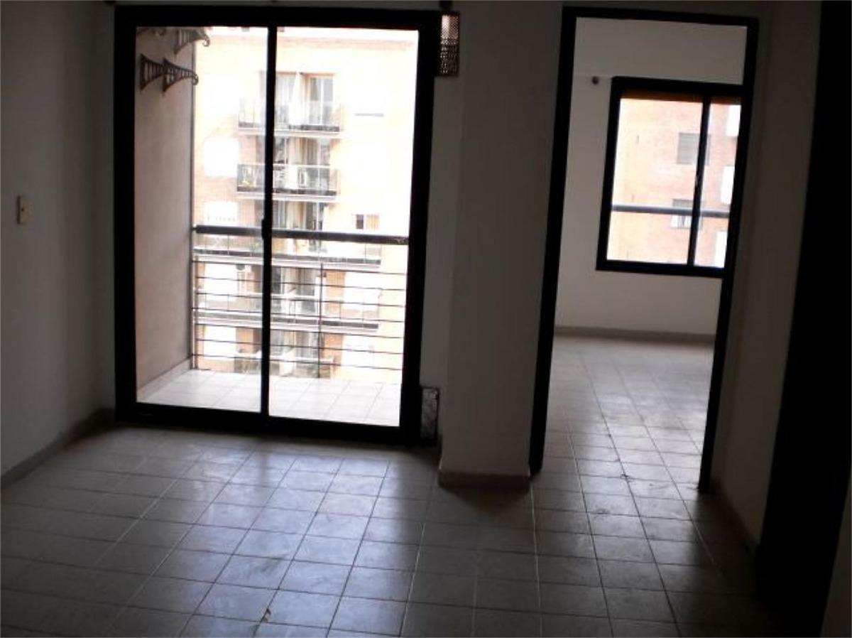 vendo departamento 1 dormitorio con balcón bv illia