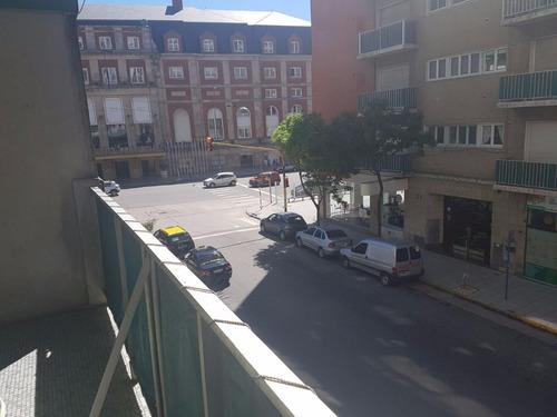 vendo   departamento 2 ambientes balcon la madrid a metros del mar zona hotel provincial