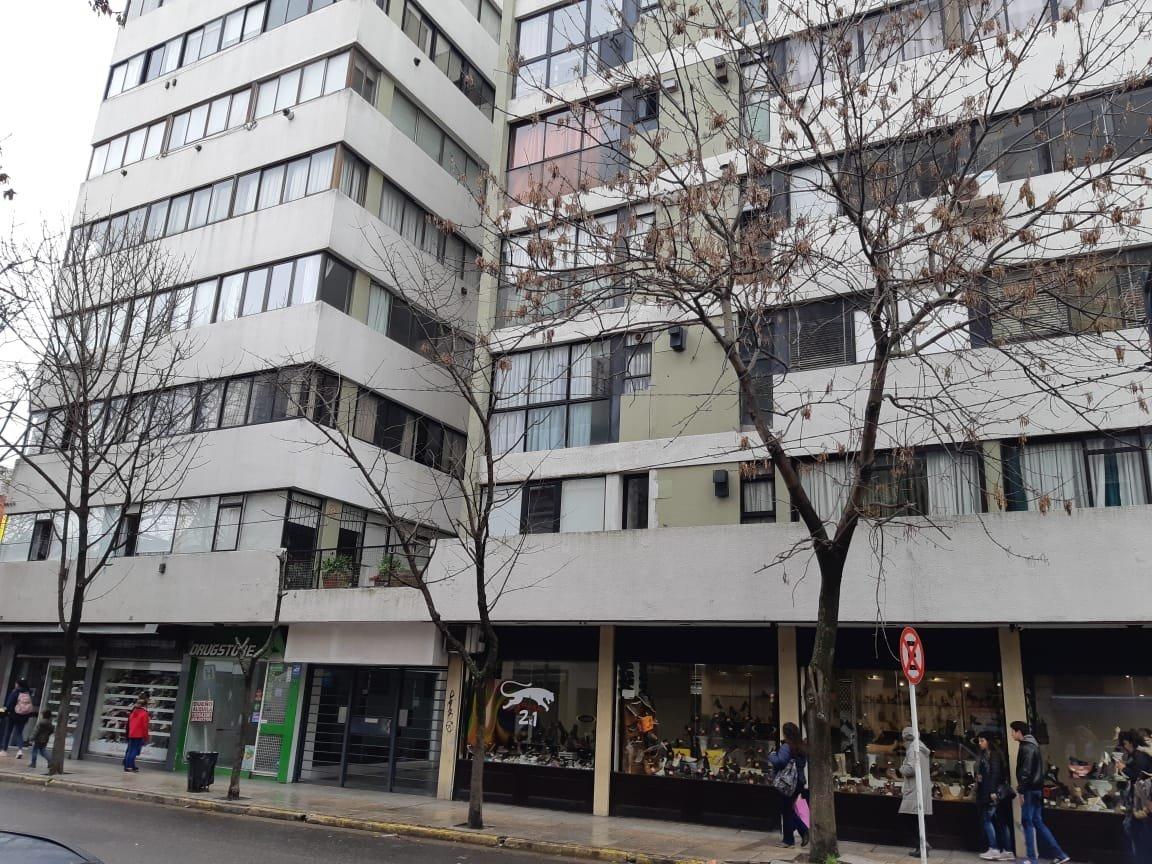 vendo departamento 2 ambientes zona centro