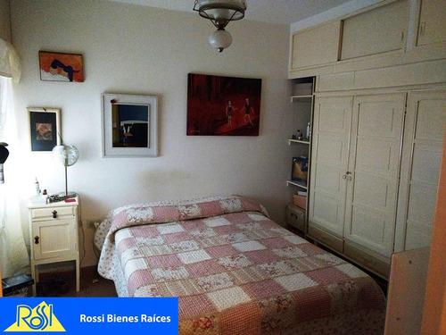 vendo departamento 2 dormitorios a tres cuadras de plaza colón