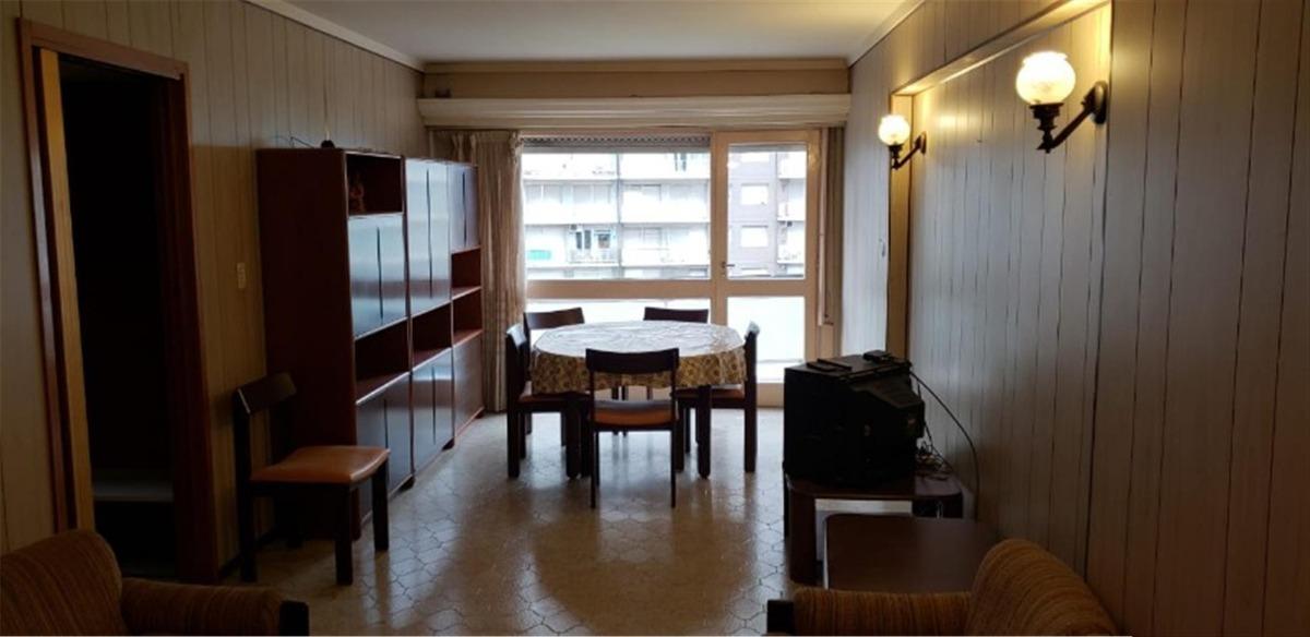 vendo departamento 3 ambientes con balcon vista al mar