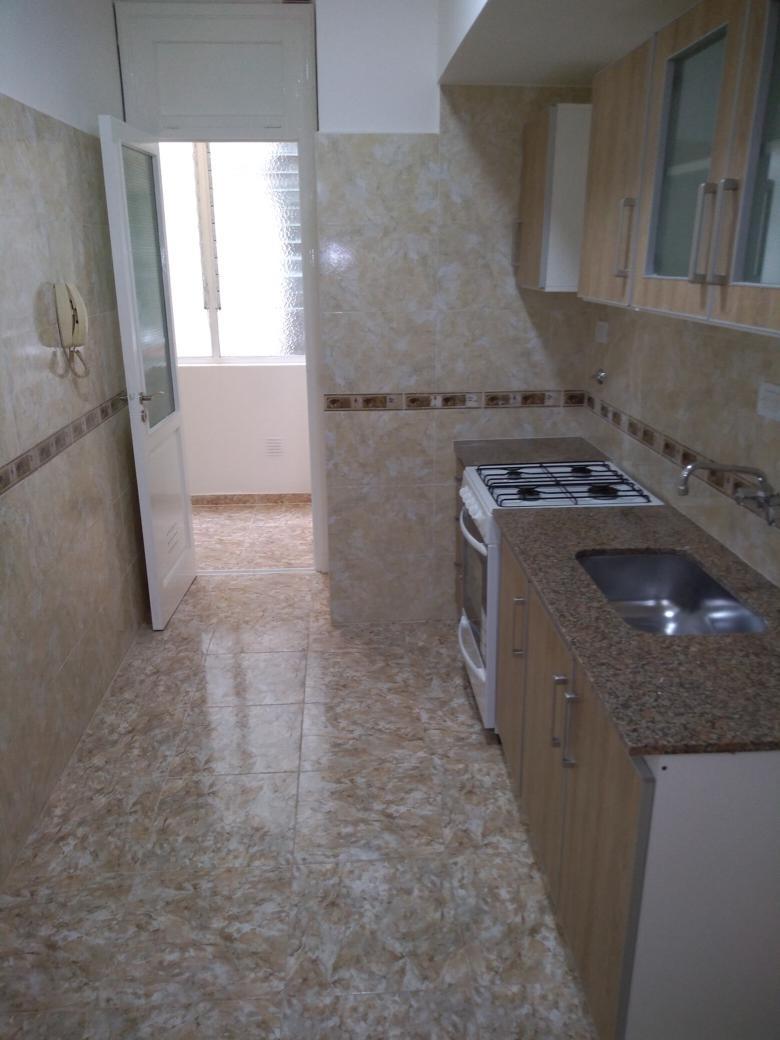 vendo departamento 3 ambientes con dependencia y balcon