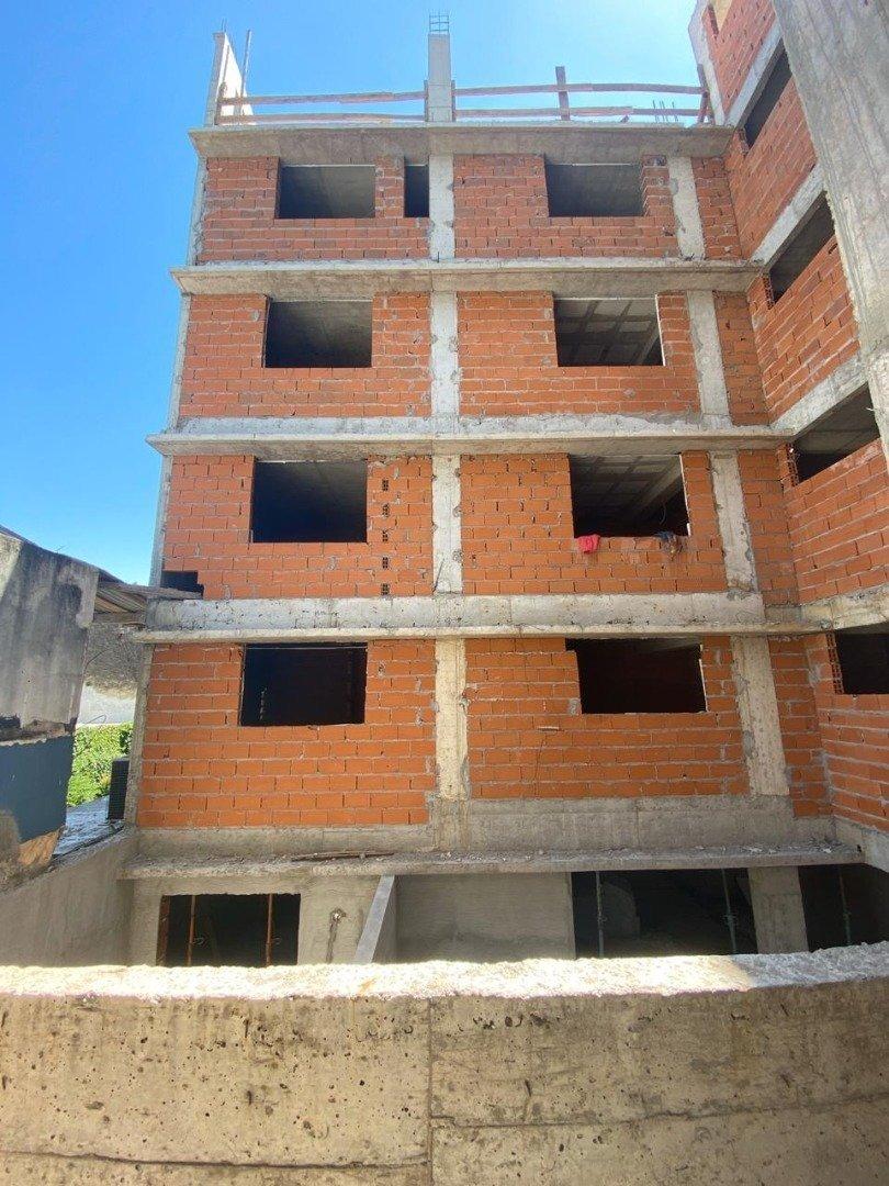 vendo depto 1 dormitorio con balcon corrido - pichincha - excelente ubicacion