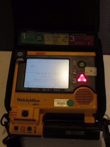 vendo desfibrilador aed 20 poco uso. bateria nueva 0 descarg