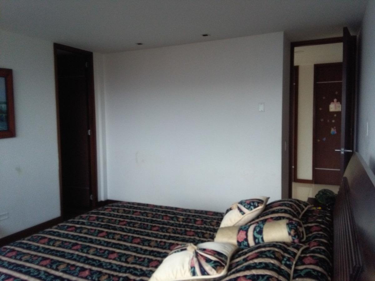 vendo directo amplio e iluminado apartamento, gran ubicación