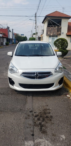 vendo dodge atittude 2017