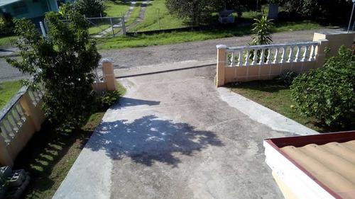 vendo dos casas por una, 5 rec.2 baños,en santiago- panama