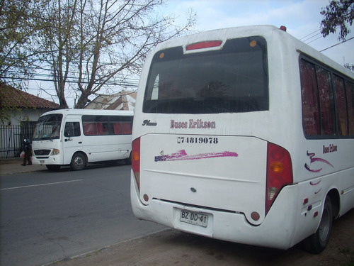 vendo dos taxibus yuejin modelo pluma impecables