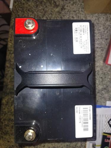vendo duas baterias estacionárias nova nunca usadas 12v e 35