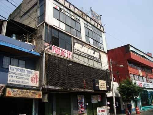 vendo edificio 3 pisos, muy cerca tiendas san esteban, nauc