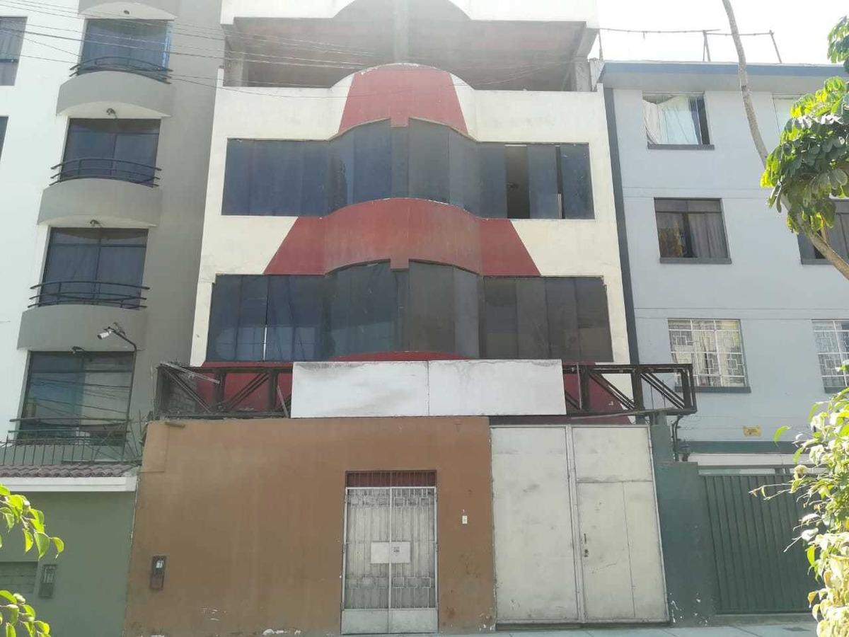 vendo edificio como terreno