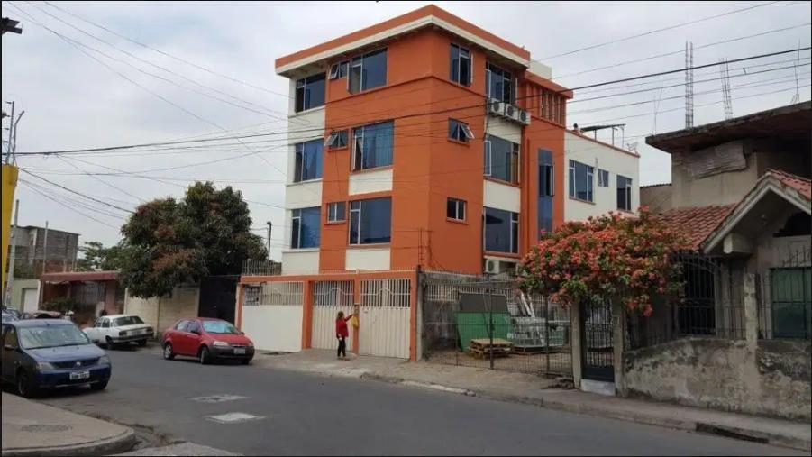 vendo edificio con 6 departamentos-guayas
