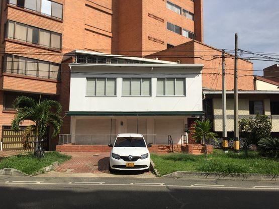 vendo edificio con oficinas y locales