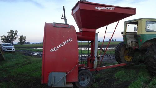 vendo embolsadora de cereal ferrucci año 2011 de 9 pies