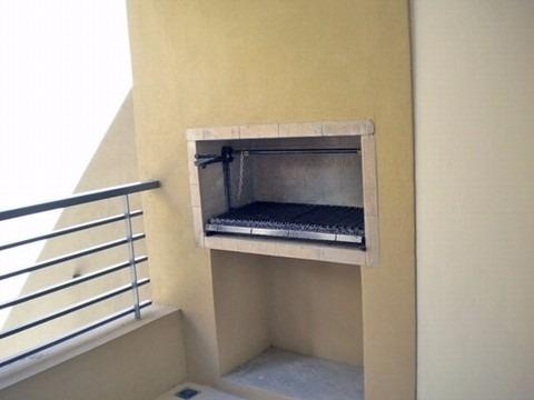 vendo en san telmo. edificio la morenita. balcón y terraza