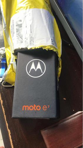 vendo esse celular super novo nunca foi usado