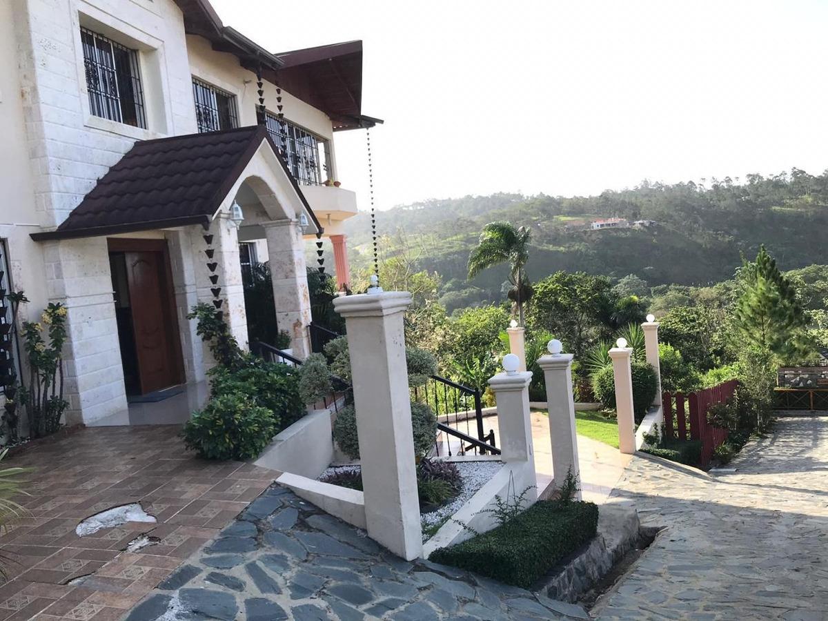 vendo esta hermosa casa en jarabacoa